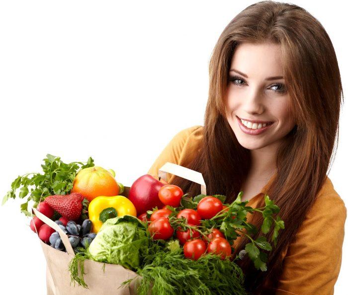 woman_holding_a_fruits_basket_1412021249-1443685427-205x205
